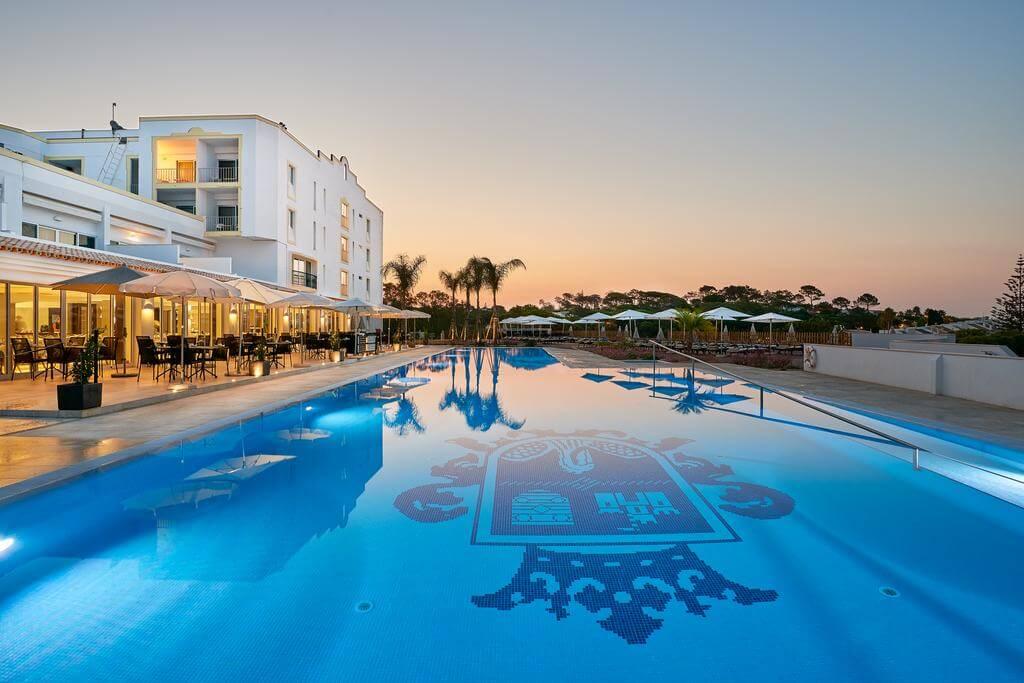 Dona Filipa Hotel & San Lorenzo Golf Course