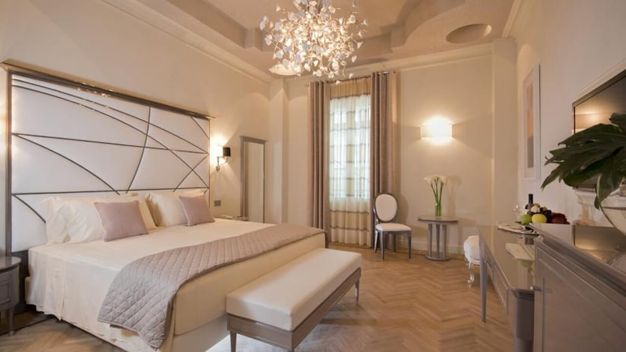 Grande Real Villa Italia Hotel