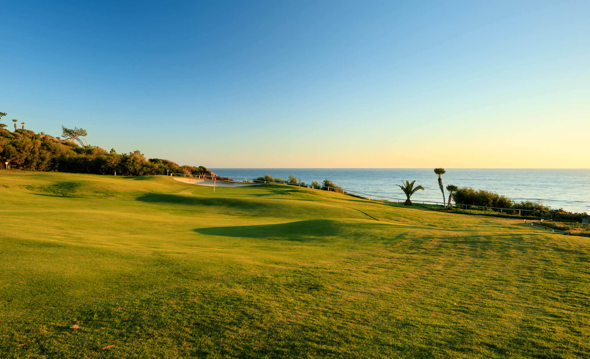 When is the best time for golf holidays in Portugal?